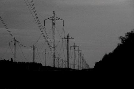 M_D3_ElectricityPolesMassive.jpg
